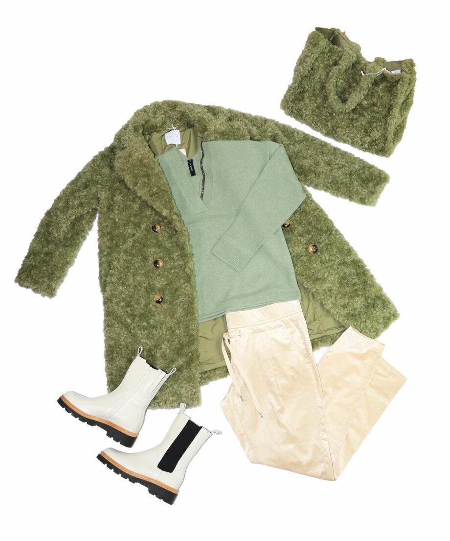 Outfitfoto grün beige teddylook mantel pullover hose tasche schuhe